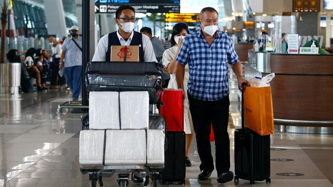 Syarat Perjalanan Usai PPKM Diperpanjang hingga 9 Agustus