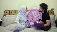 <p>Belum lama, Aurel dan Atta merayakan secara sederhana usia pernikahan mereka yang baru sebulan. Aurel pun didoakan agar menjadi istri saleh. (Foto: Instagram @aurelie.hermansyah)</p>