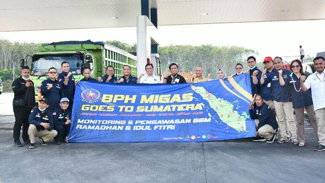BPH Migas membuka posko BBM untuk mengawasi dan mengantisipasi stok BBM di sepanjang Sumatera selama momen Lebaran.