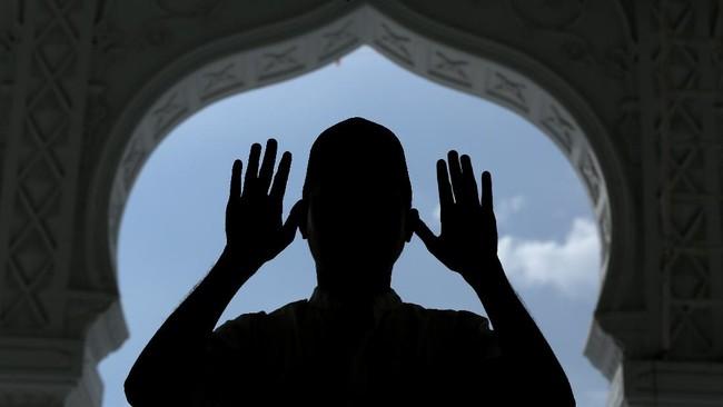 Khatib Meninggal di Mimbar saat Berceramah Idulfitri di Agam