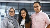 <p>Mutiara Annisa Baswedan adalah anak pertama Anies Baswedan dan Fery Farhati. Gadis yang akrab disapa Tia ini lahir pada 3 Juni 1997, Bunda. (Foto: Instagram @fery.farhati)</p>
