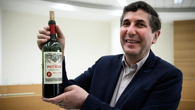 Sebotol wine Petrus 2000 yang pernah berada di luar angkasa selama 14 bulan bakal dijual Rp14,5 miliar. Wine ini diprediksi bakal jadi yang termahal di dunia.