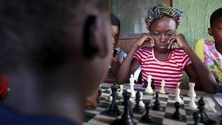 FOTO: Catur dan Harapan Bebas Miskin Anak-anak Nigeria