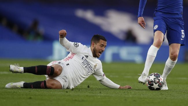 Suporter Chelsea menolak wacana Eden Hazard kembali ke London setelah dua tahun hijrah ke Real Madrid.