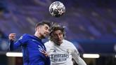 Chelsea berhasil menyingkirkan Real Madrid di semifinal Liga Champions. Berikut foto-foto pilihan laga tersebut.