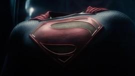Warner Bros Disebut Cari Aktor Superman Kulit Hitam