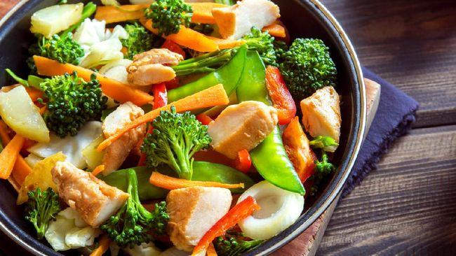 Beberapa cara memasak sayuran untuk diet berikut sangat disarankan karena dapat menjaga kandungan nutrisi.