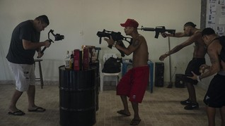FOTO: Kerajaan 'Rap Gangster' di Favela Rio de Janeiro