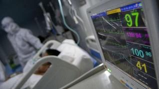 FOTO: Siaga Nakes di RS Wisma Atlet Jaga Lonjakan Kasus Covid