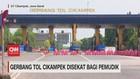 VIDEO: Gerbang Tol Cikampek Disekat Bagi Pemudik