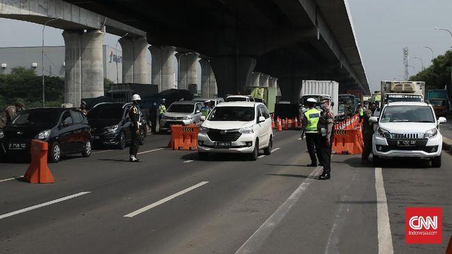 Dirlantas Polda Metro Jaya, Kombes Sambodo mengatakan sistem buka tutup juga berlaku pada sore hari saat jam pulang kantor para karyawan.