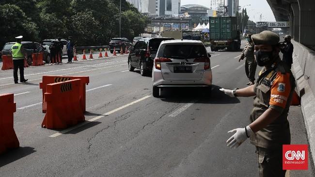 Akhir Pekan, Jumlah Kendaraan Putar Balik di Tol Japek Turun
