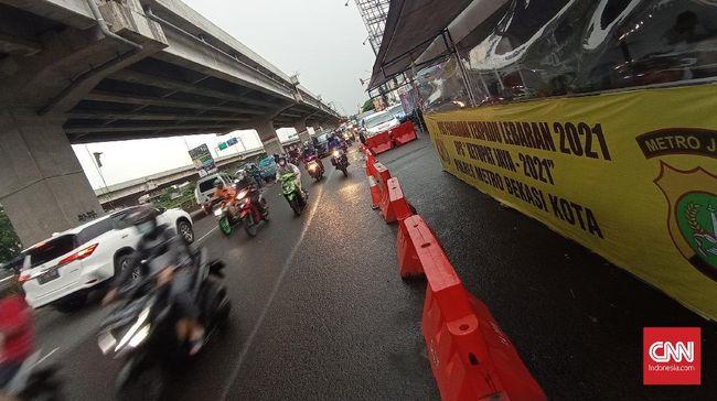 Polres Metro Bekasi akan menerapkan malam bebas kerumunan. Sejumlah kegiatan akan dilarang, termasuk penutupan sejumlah tempat, stadio, dan danau.