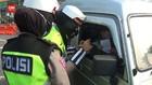 VIDEO: Karyawati Marah Disetop Petugas di Bundaran Waru