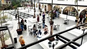 Memburu Senja dari Restoran Rooftop di Margonda