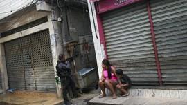 FOTO: Perburuan Berdarah Geng Narkoba di Brasil