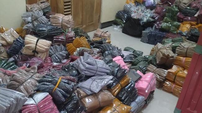 Perjalanan bisnis toko Bilbarkah berawal hanya sebagai reseller produk-produk fashion muslim dan kini sukses setelah gabung dengan Program Ekspor Shopee.