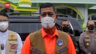 VIDEO: Kepala BNPB Kunjungi Satu RT di Jambi Positif Covid-19