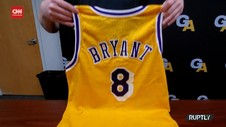VIDEO: Jersey Kobe Bryant Dilelang, Diharapkan Laku 15 Milyar