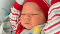 <p>Setelah lahir, sayangnya Syaki masih sempat dirawat lantaran air ketuban sang ibunda sempat mengeruh. Syaki juga harus berpisah dahulu dengan ibunda karena Nadya Mustika positif COVID-19. (Foto: Instagram @nadyamustikarahayu)</p>