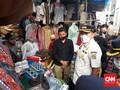 Satpol PP Tindak Tegas Pedagang Bandel di Pasar Tanah Abang