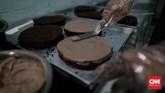 Pengusaha kue di Palembang, Sumsel, mengaku kebanjiran pesanan jelang Lebaran. Bahkan, pesanan kue melonjak hingga 100 persen.