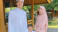 <p>Pada Juni 2017, Alvin dan Larissa Chou dikaruniai anak pertama yang diberi nama Muhammad Yusuf Alvin Ramadhan. Sebentar lagi, Yusuf berusia 4 tahun, Bunda. (Foto: Instagram @alvin_411)</p>