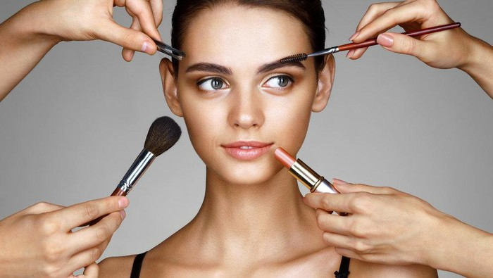 5 Tips Makeup untuk Kulit Wajah Berjerawat