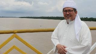 Tengku Zulkarnain Sempat Pakai Ventilator Sebelum Meninggal
