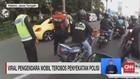 VIDEO: Viral Pengendara Mobil Terobos Penyekatan Polisi