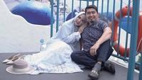 <p>Ustaz Solmed menikah dengan April Jasmine pada 2011 silam. Sebelumnya, ia telah bercerai dengan Dewi Yulianti pada 2006. (Foto: Instagram: @apriljasmine85)</p>