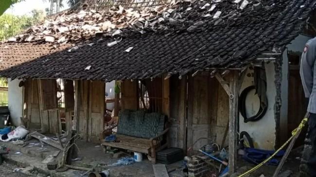 Ratusan Petasan Meledak, Dua Warga Tulungagung Tewas