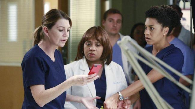 Ellen Pompeo berakting di serial Grey's Anatomy selama 18 tahun, ia mengaku malas akting lagi.