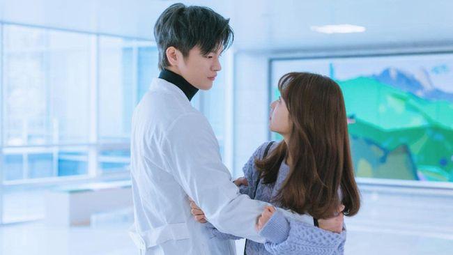 Dalam drama terbarunya, aktris Park Bo-young beradu peran dengan Seo In-guk, sosok yang telah lama ia kagumi.