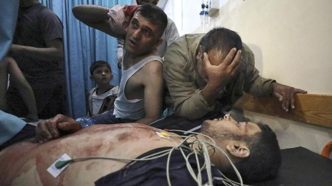 MUI bersama seluruh ormas Islam di Indonesia mengutuk penyerangan Israel terhadap warga Palestina di Yerusalem.