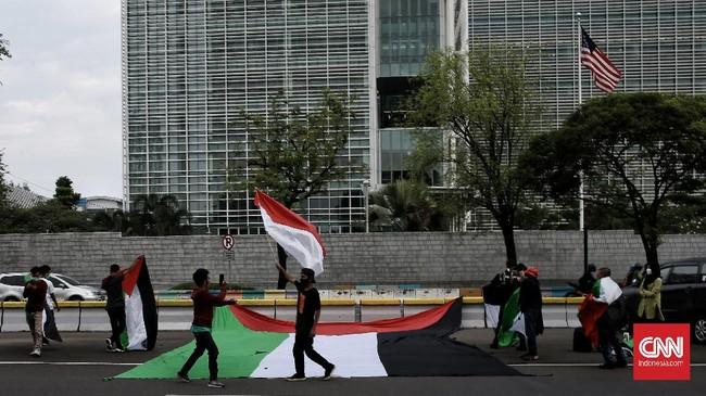 Aliansi Mahasiswa Islam menggelar aksi solidaritas terhadap perjuangan rakyat Palestina dan pembebasan Masjid Al-Aqsa. Jakarta, Rabu (12/5).