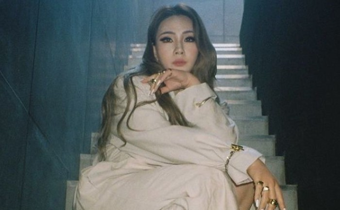 Eitss, yang satu ini enggak boleh ketinggalan! bisa dibilang CL jadi anggota girl group K-Pop nomor satu dengan kemampuan rap luar biasa, ketika bersama 2NE1 dulu / foto: instagram.com/chaelincl