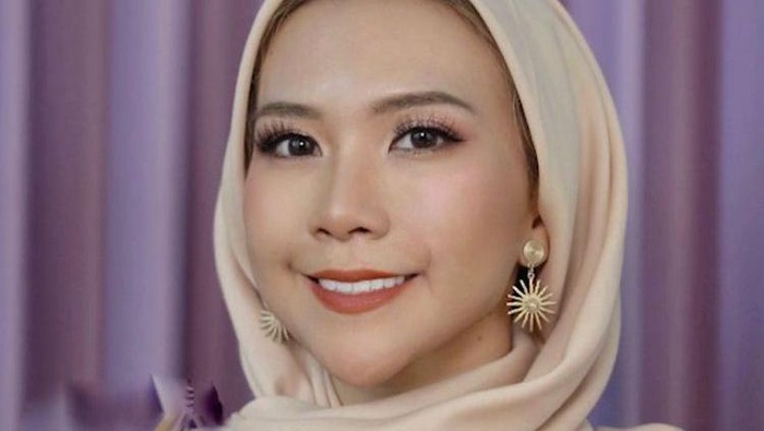 Inspirasi Make Up Lebaran Pakai Produk Lokal dari Natya Shina