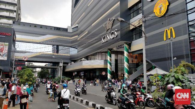 Pemkot Bandung meningkatkan pengawasan di mal dan pusat perbelanjaan untuk mengantisipasi kunjungan yang terus meningkat saat periode larangan mudik lebaran.