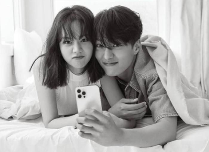 Penggemar terkejut karena saat ini Hyeri masih berpacaran dengan Ryu Jun Yeol / foto: instagram.com/1stlookofficial