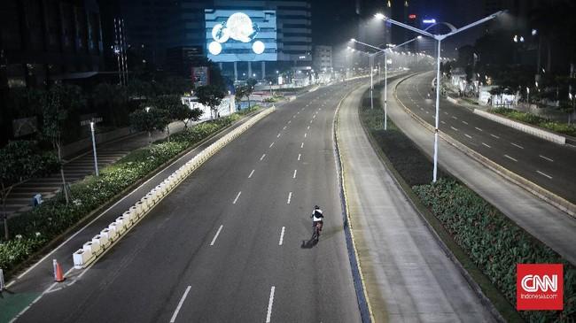 FOTO: Malam Sepi Takbiran Idulfitri 1442 H di Jakarta
