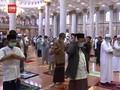 VIDEO: Prokes Ketat Saat Warga Depok Ibadah di Hari Raya