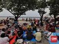 FOTO: Menyerbu Ancol dan Ragunan di Hari Kedua Lebaran