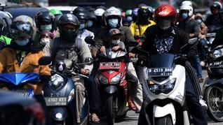 FOTO: Gelombang Mudik Lokal di Kalimalang Bekasi