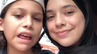 <p>Dalam satu kesempatan, Isabel juga pamerkan potretnya bersama sang adik, Lennon Tramp. (Foto: Instagram @isabel_azhari)</p>