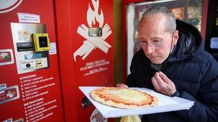 FOTO: Vending Machine Pizza yang Dikritik Warga Roma