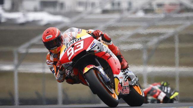 Pembalap Repsol Honda Marc Marquez mengalami nasib sial saat gagal finis di MotoGP Prancis, Minggu (16/5).