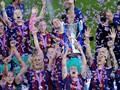 Pemain Barcelona Femeni Ikuti Pique Gunting Jala Gawang