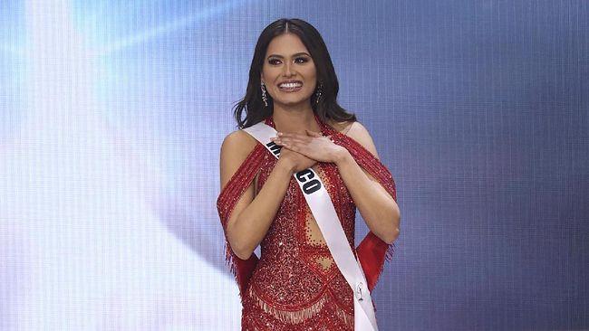 Miss Mexico Andrea Meza berhasil menyabet gelar ratu sejagad. Meza menyingkirkan puluhan kontestan lain dan memenangkan ajang Miss Universe 2020.