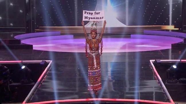 Miss Myanmar 2020 Thuzar Wint Lwin disebut tak bisa kembali pulang ke negaranya usai mengkritik junta lewat video dan kostumnya di Miss Universe.